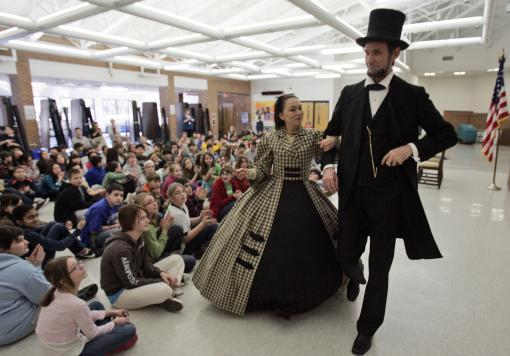 Actors Michael Krebs and Debra Ann                               Miller present Abraham Lincoln and Mary                               Todd Lincoln in school assembly MEETING                               THE LINCOLNS 30 minute education program                               followed by Q&A