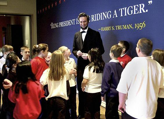 Abraham Lincoln presenter Michael                               Krebs at Chicago History Museum